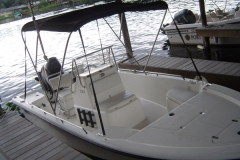 castaways-19ft-center-console-mako-from-dock