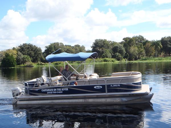 castaways-22ft-cruising-boat3