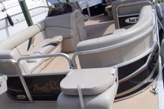 castaways-22ft-fishing-pontoon-boat-interior